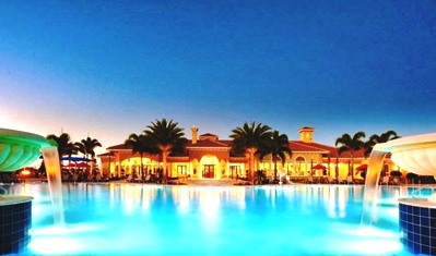 A Perk of Owning Del Webb Real Estate - The Oasis Clubhouse Pool