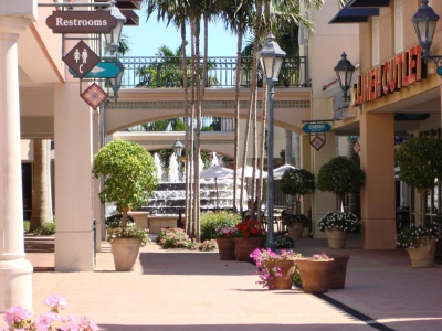 Miromar Outlet Mall in Estero